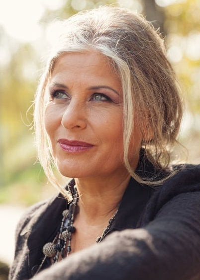 How To Look Younger, anti-ageing treatments, golden glow beauty salon, alton, hampshire